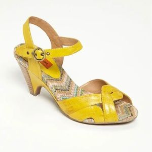 ❤️ Miz Mooz 'Wilma' Canary Yellow Leather Sandals